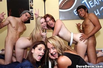 Amateur orgy - student sex party